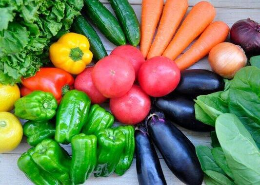 野菜が高くて買えない…(画像はイメージ)