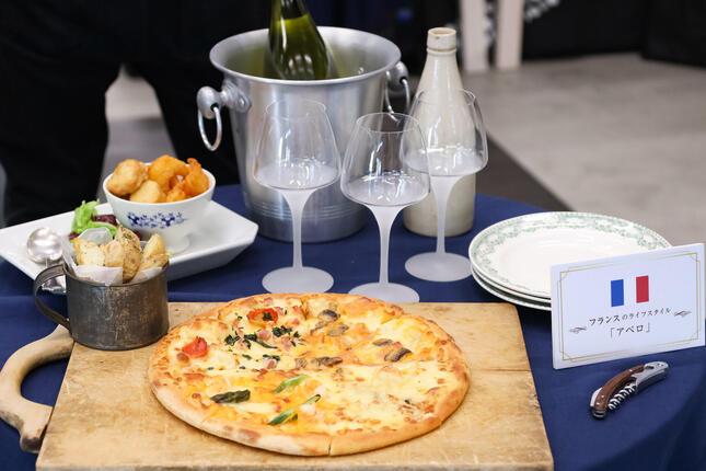 フランスの「アペロ」をイメージしたテーブルコーディネート例
