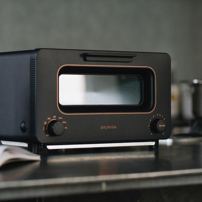 トースターを再定義した「BALMUDA The Toaster」