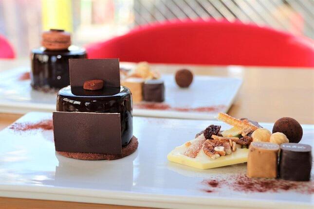 チョコレート好きにはたまらないケーキ「ブボチョコデラックス」