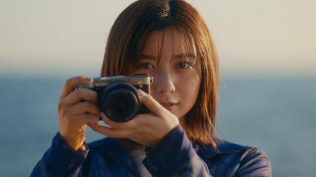 ソニー世界最小・最軽量の一眼カメラ「α7C」