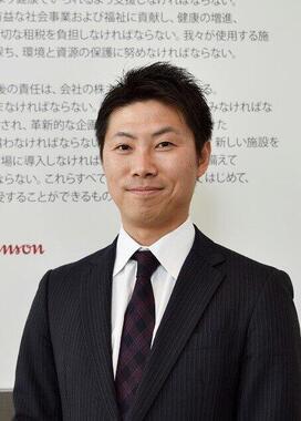 岡原伸太郎氏