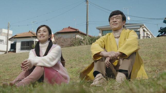 左からしずか(上戸彩さん)と未来ののび太(堺雅人さん)