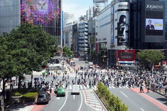緊急事態宣言で街から人が消えるか(写真はイメージ)