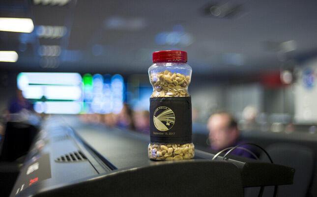 米NASAでゲン担ぎとして食べる「ラッキーピーナッツ」