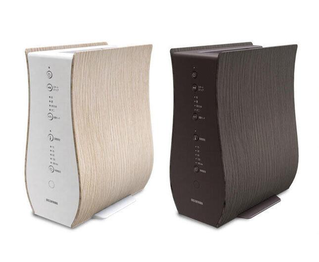 曲線と木目のシックなデザイン 室内の雰囲気に合わせられる2色を用意