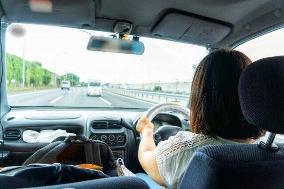 運転中、急病になったらどうすれば(画像はイメージ)