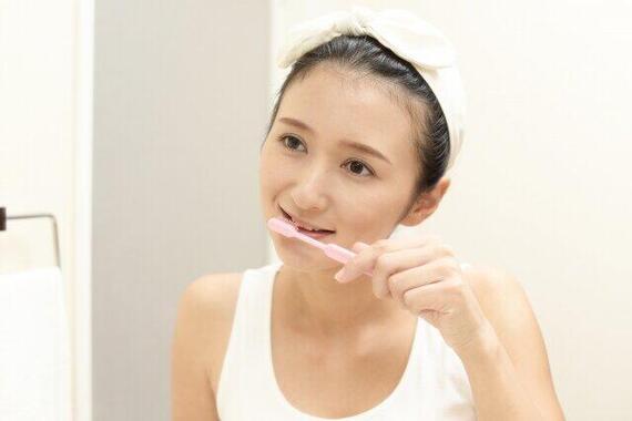 歯ブラシどれくらいで交換していますか?(画像はイメージ)