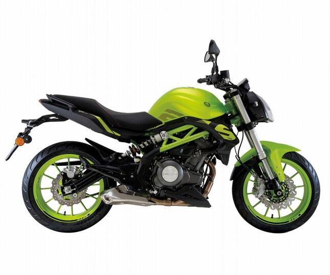 250ccクラス超のオールラウンドモデル「TNT 249S」