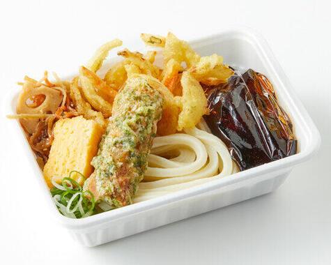 2~4種の天ぷら、肉うどんも