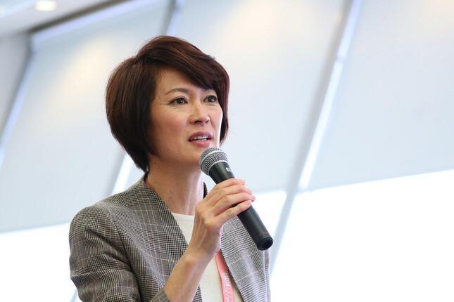 有森裕子さん(2019名古屋ウィメンズマラソン記者会見)(写真:長田洋平/アフロスポーツ)