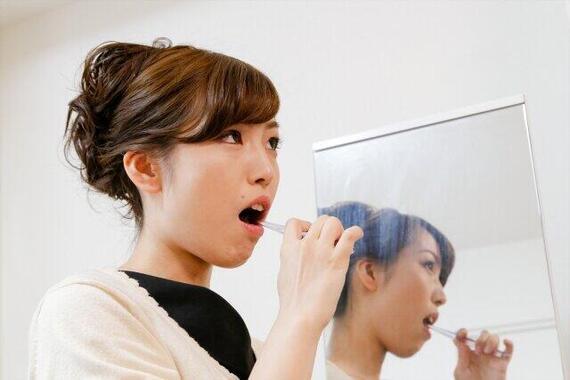 職場で歯磨き、コロナ感染不安