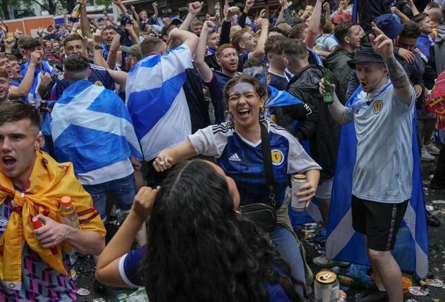 ユーロ2020 スコットランドで約2000人の感染確認(写真:AP/アフロ)
