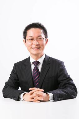 シニアコンサルタント松木知徳氏