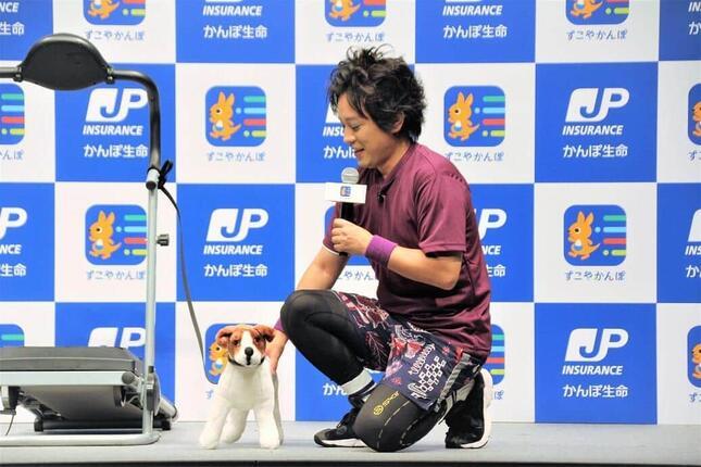 愛犬の「のすけ」にそっくりなぬいぐるみが登場し、大喜びの松陰寺さん