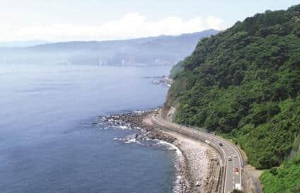 熱海ビーチライン 国道135線の通行規制を受け無料に