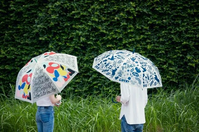 イラストレーター「SHOGO SEKINE」がデザインしたビニール傘