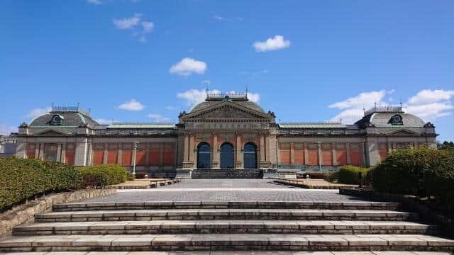 2000年に若冲展が行われた京都国立博物館
