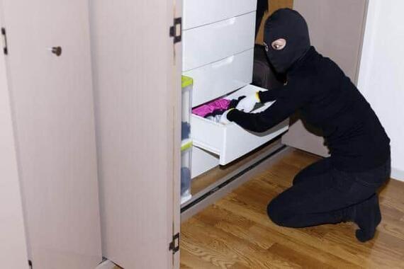 災害時の空き巣や盗難、防止するには(画像はイメージ)