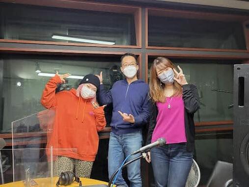 (左から)Cikahさん、DJ Nobby、Cikahさんと親交のあるフリーの音響エンジニア「ぴんく」さん