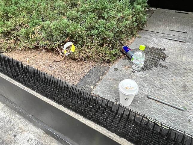 ここ以外にもゴミが散見された