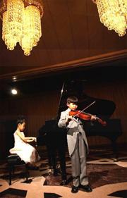 ホテル阪急インターナショナル「ハッピー(キッズ)コンサート」プラン