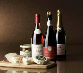 「世界の酒とチーズフェスティバル」