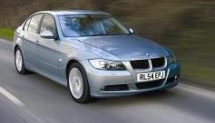 BMWジャパン「320iセダン」