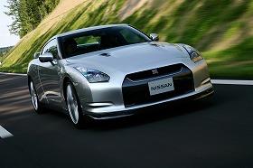 レンタカーとして貸し出される「GT-R」