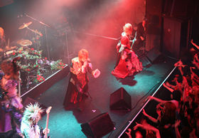 7月11日の東京・渋谷でのライブ。多くの観客が熱狂した