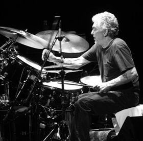 「ドラムの神様」の異名をもつスティーヴ・ガッド