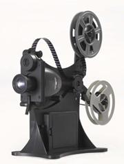 レトロ感いっぱいの学研「8ミリ映写機」