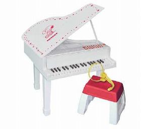 日本トイザらス「おうちでコンサート グランドピアノ」 (C)United Features Syndicate, Inc.