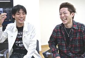 さむらい侍の伊藤靖さん(右)は「同期の仲間がたくさんできて良かった」と語る