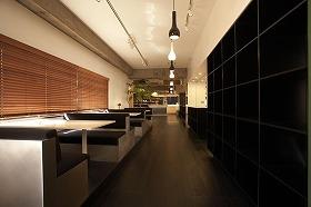レストランのような打ち合わせスペース