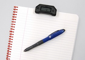 Digital pen that is convenient for use while attending a meeting, during business negotiations or on move