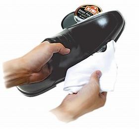靴も手入れされたがっている?
