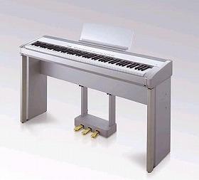 グランドピアノに迫る弾きごこちを体感してみては?
