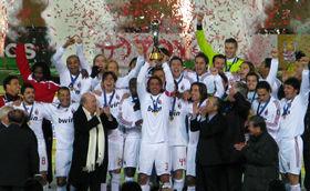 クラブワールドカップで優勝し、喜びを爆発させるACミランの選手たち