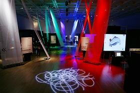 国立新美術館で開かれている文化庁メディア芸術祭の会場風景