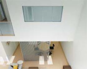 YKK AP「スクリーン パーテーション採光ユニット引違い窓」(施工イメージ)