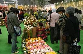 展示会では、花と園芸の情報が盛りだくさん