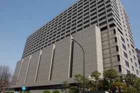 東京地方裁判所は「スナック シャネル」に賠償を命じる判決を出した