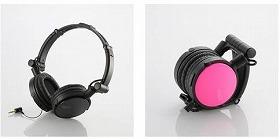 左:通常時(ブラック) 右:折りたたみ時(ピンク)