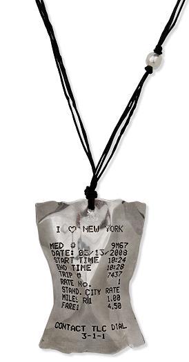 MoMAデザインストア「タクシーレシート ネックレス」