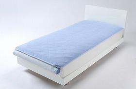 暑い夏もぐっすり眠れるベッドパッド