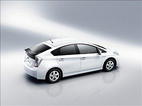 New Prius runs 38km per liter