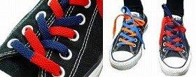 シンプルな靴も印象ガラッと!
