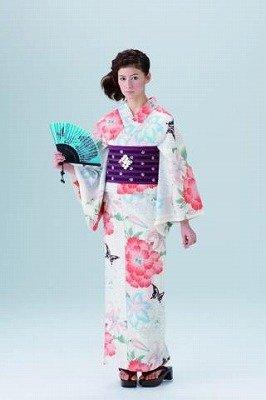 「撫松庵」の小粋な浴衣。紫&黒のノスタルジックな帯(ポリエステル100%)は1万8900円
