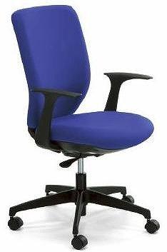 座る人に応用じて、椅子のロッキング強さを自動調節する